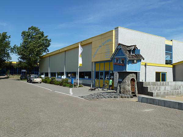 Camping Tempelhof -Sporthalle-