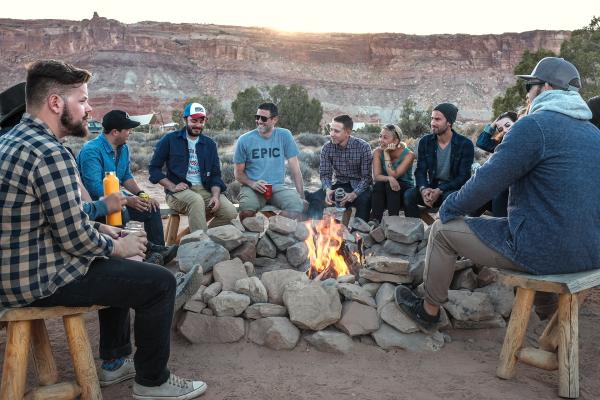 Campingwitze (Foto: StockSnap auf Pixabay)